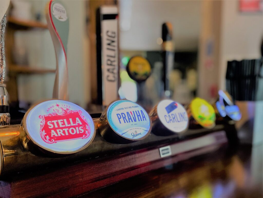 beer fonts stella artois pravha carling Anchor Pub Tilsworth